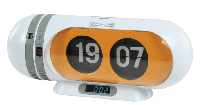 digital flip clock alarm clock am fm radio clock retro styled snooze sleep new ebay. Black Bedroom Furniture Sets. Home Design Ideas